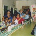 rsz_laura_pub_customers